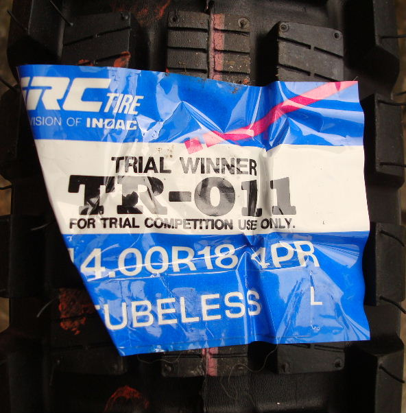 irc tubeless rear label