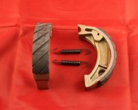 2 & 6. Water Grooved Brake Shoes - TLR200 MD09 - Front