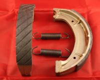 Rear Grooved Brake Shoes & Springs - DT250 DT360 & DT400