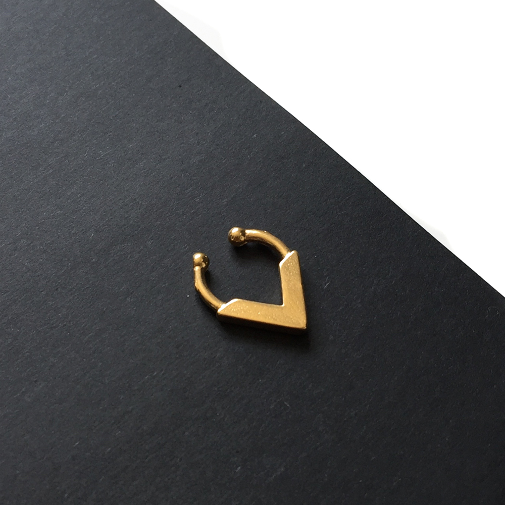 Bomani Woman // Gold Faux Septum Ring - Clip