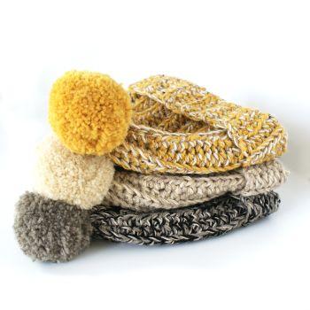 NOELLE Womens Crochet Beanie Hat
