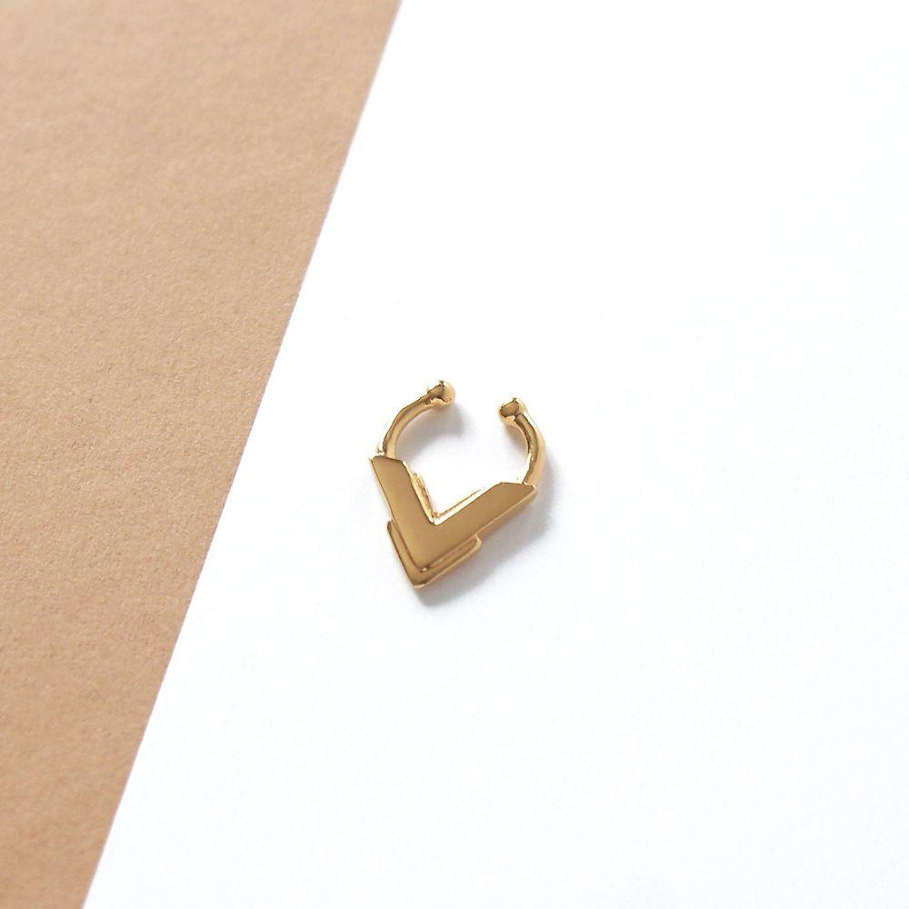 AKILA |  Fake Gold Septum Ring