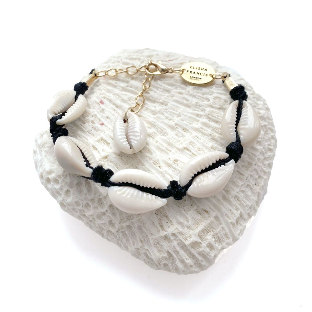 Cowrie Shell Bracelet - Black