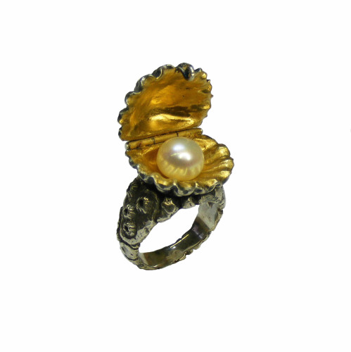 The Mermaid's Treasure Chest Ring