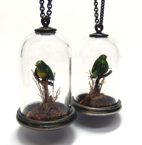 glass birdie