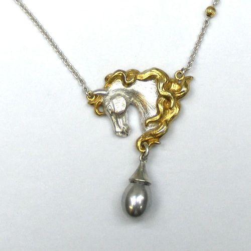 Horse pendant - Magnu