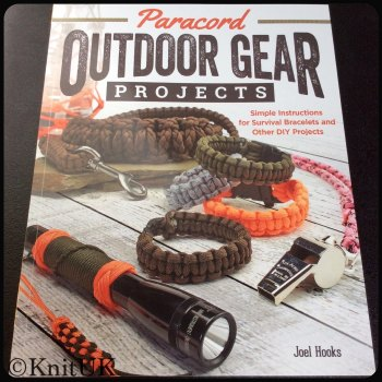 Paracord Outdoor Gear Projects. Joel Hooks. 48pages