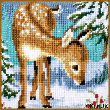 Cross Stitch Cushion: Little deer in the snow (Vervaco). Tapestry