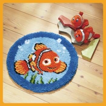 Latch Hook Kit: Rug. Nemo (Vervaco).