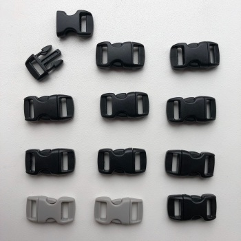 Plastic Buckles - Black & Grey. Pack of 12. (KnitUK)