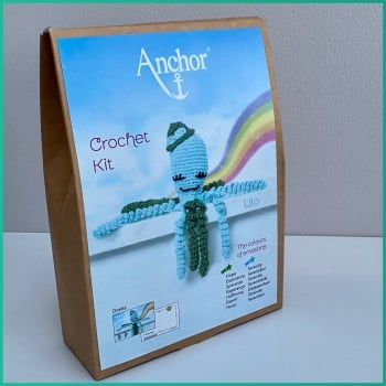 The Colours of emotions. Octopus Baby Collection. Crochet Kit Octopus. Lilo: dark Green / Mint . Anchor.