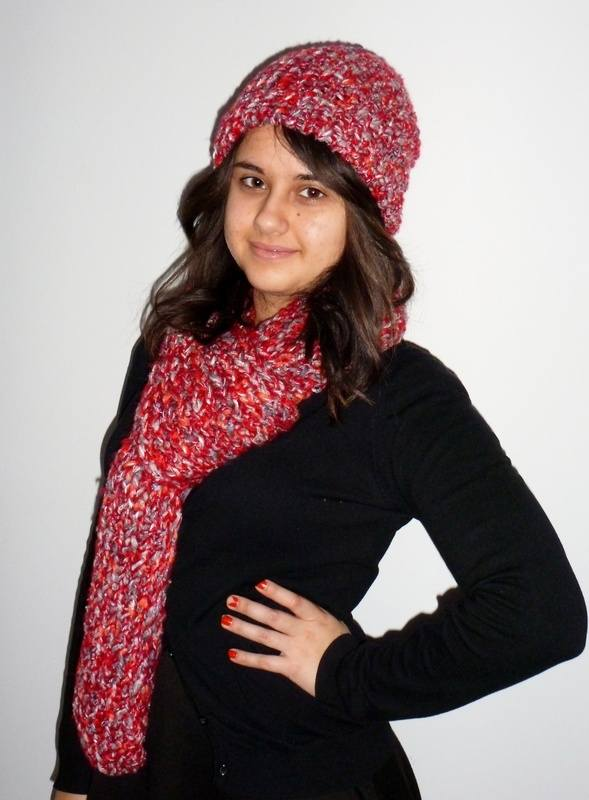 knitting Looms hat and scarf Fla