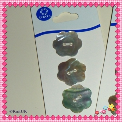 Shell Buttons - 20mm - 3pcs/card (Coats)