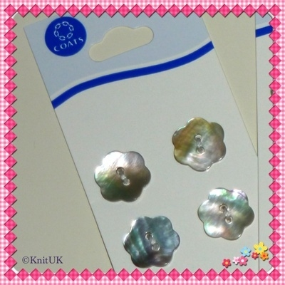 Shell Buttons - 15mm - 4 pcs/card (Coats)