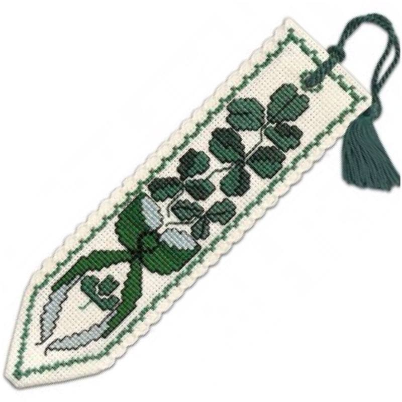 TH bookmark tassel Shamrock
