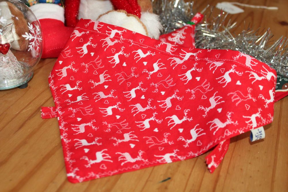 Red Reindeers Bandana