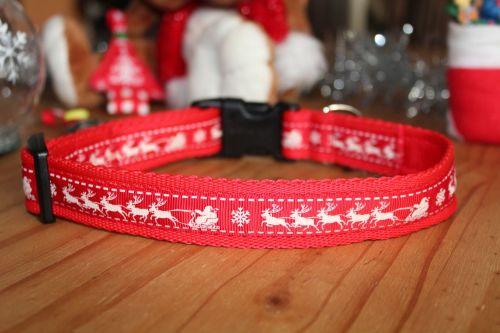 Red Reindeers Collar