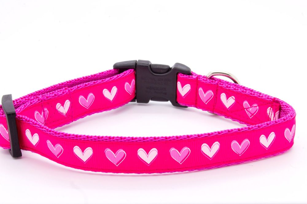 Pink Love Hearts Collar