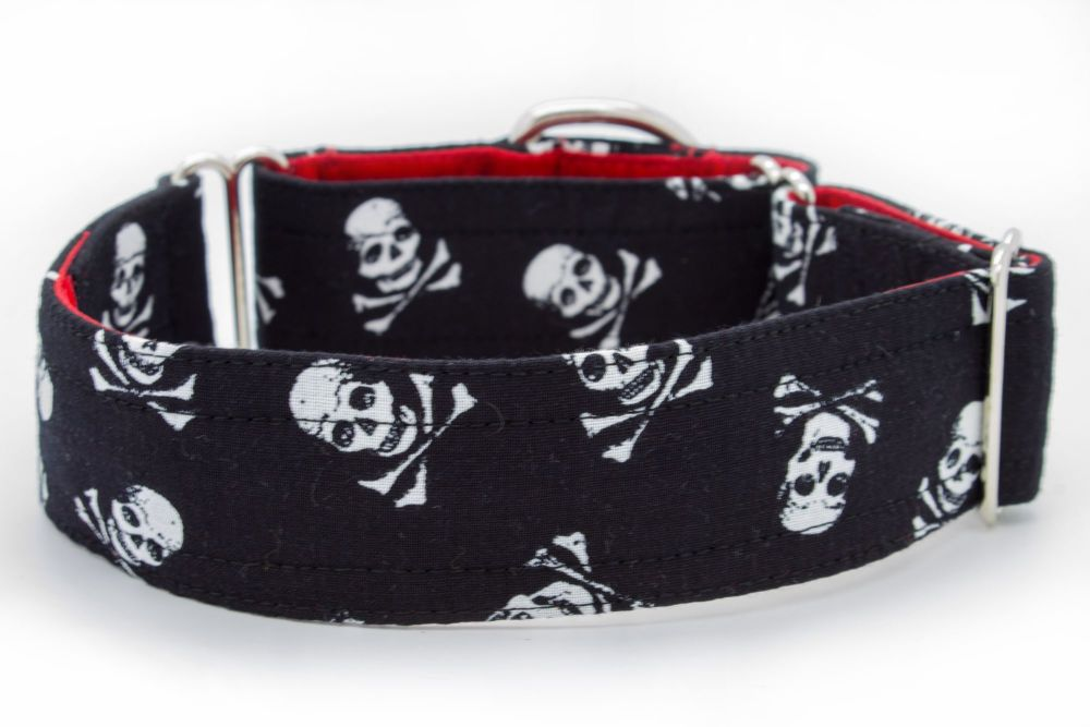 Black Skull & Crossbones Hound Collar