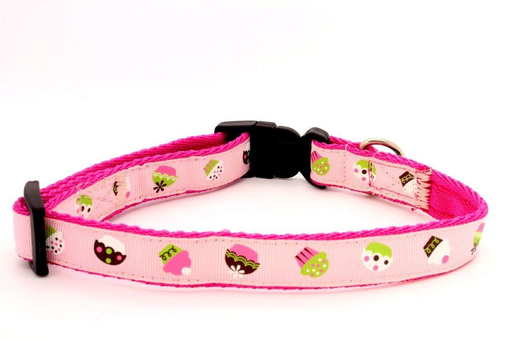 Pink Cupcakes Collar