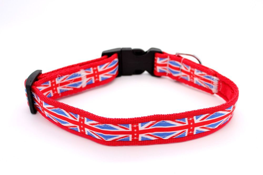 Red Union Jack Collar