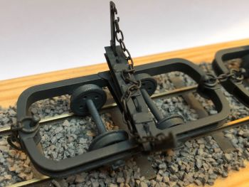 2 x 1:35 Logging Wagons, 16.5mm Gauge Ready To Run