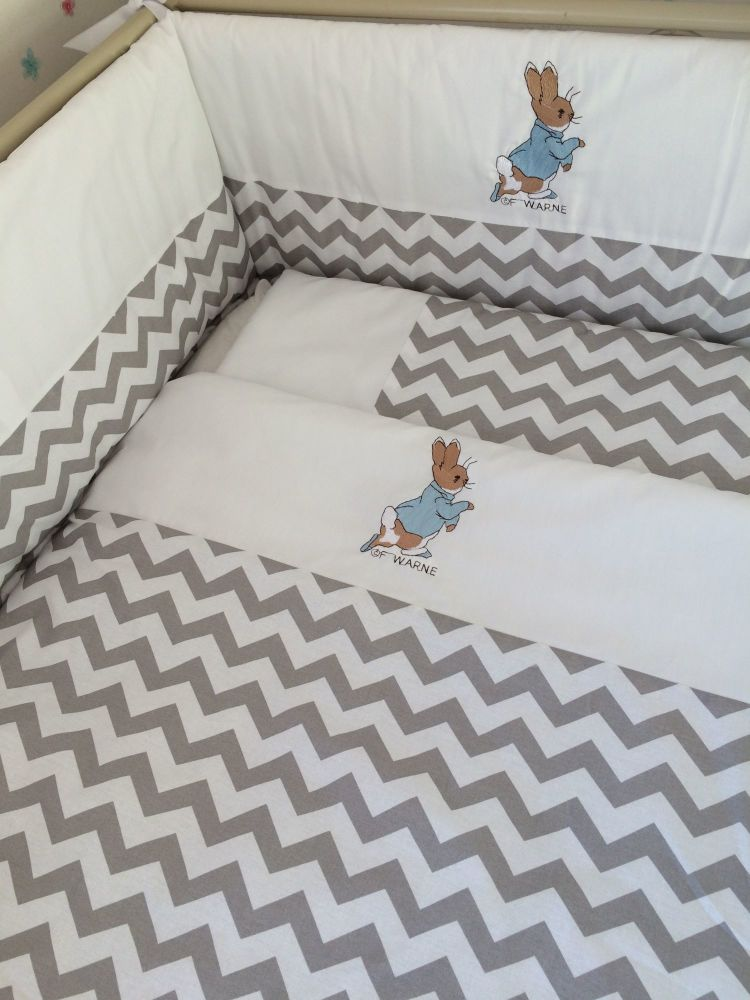 Peter Rabbit Grey Chevron Cot Set
