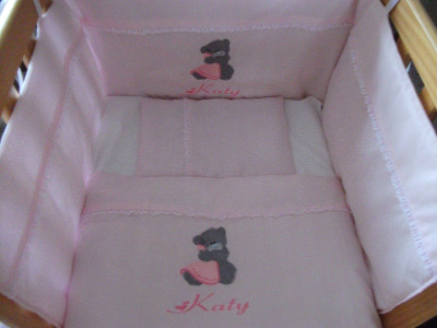 Teddy Holding Blanket 3 Piece Baby Bedding Set