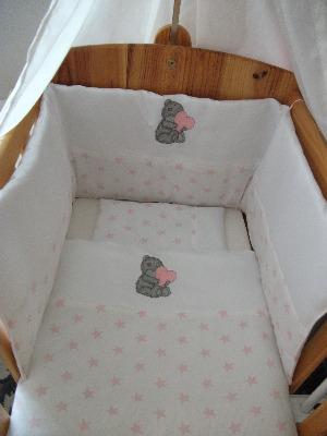Teddy Holding Heart 3 Piece Baby Bedding Set