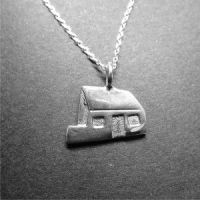The White House Pendant by Lisa Le Brocq