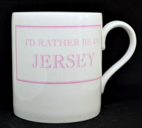 I'D RATHER BE IN JERSEY Mug in Pink