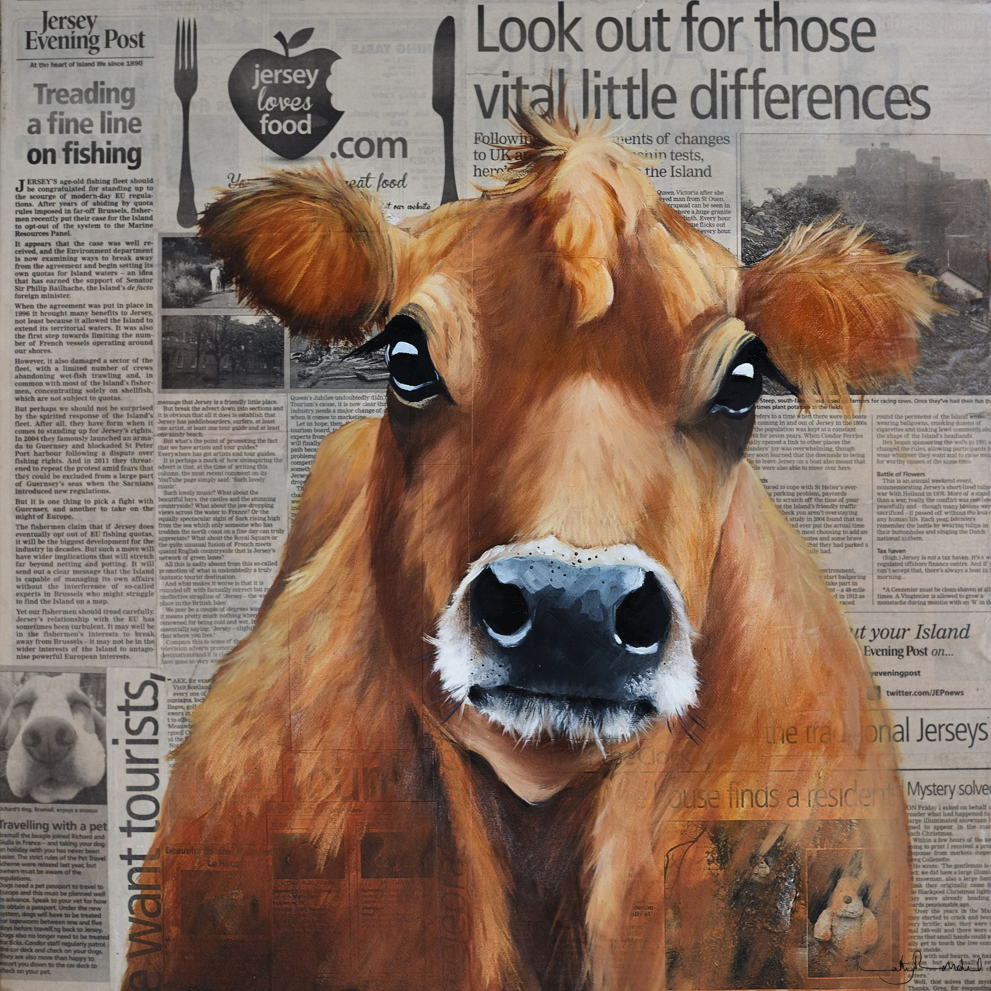 Newspaper Cow 600mm