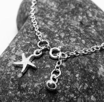 Starfish Charm Chain Link Bracelet - By Lisa Le Brcoq