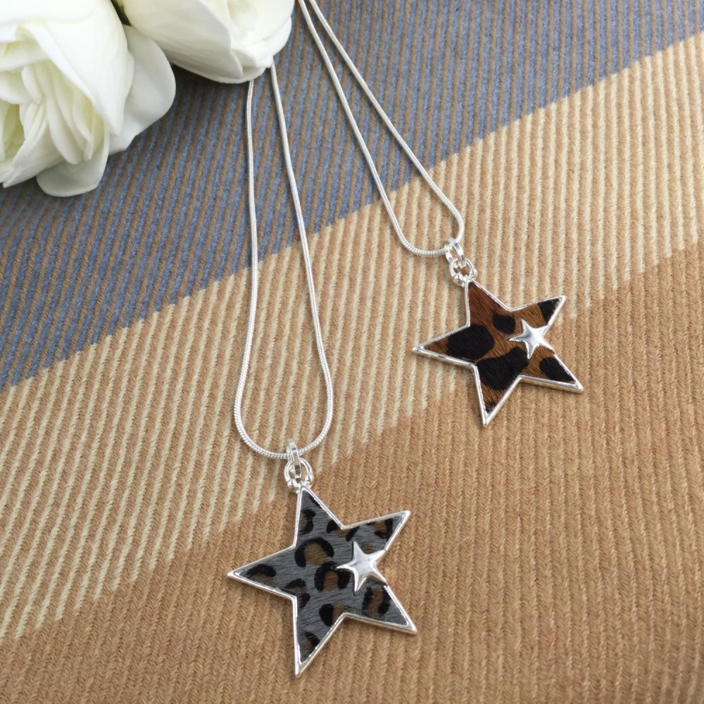 Leopard Star Pendant - 2 Colours