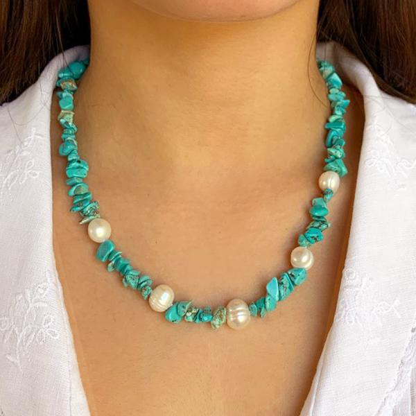 Turquoise Chipping Pearl Necklace