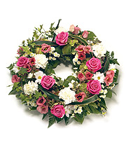 Traditional Wreath.