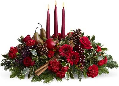 Christmas Red Candle Arrangement