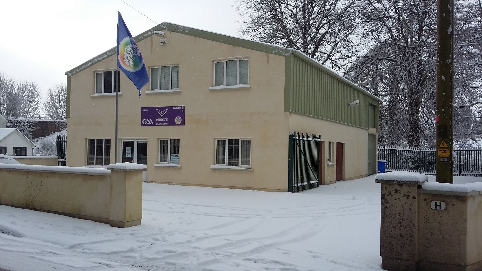 FACTORY IN SNOW 2018