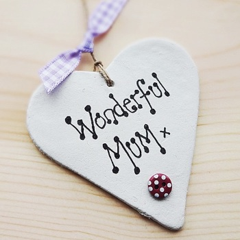 Wonderful mum clay heart