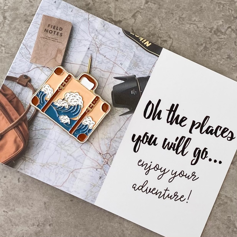 Love To Travel Pin