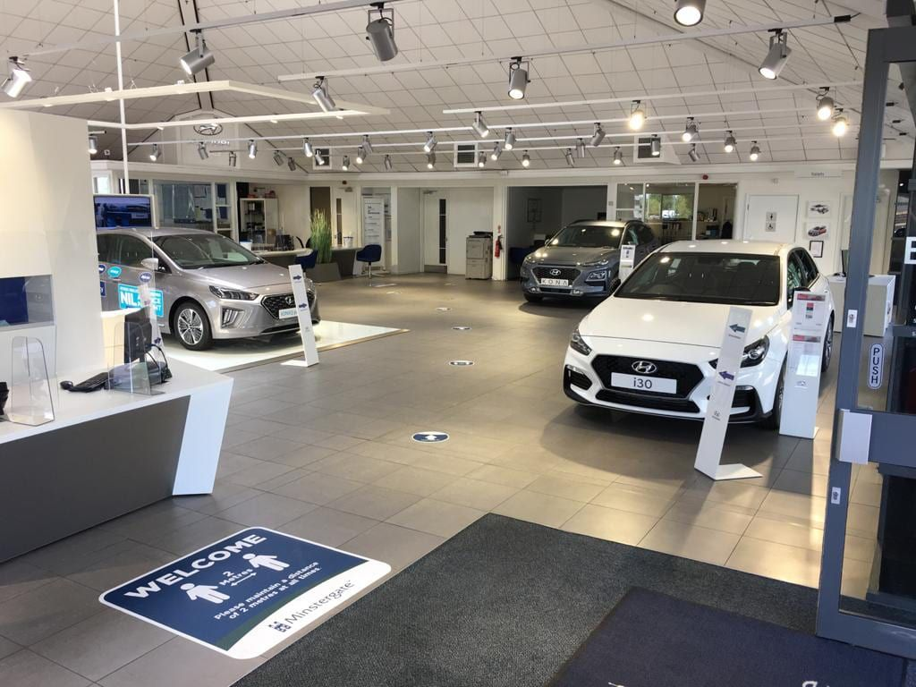 Auto Showroom Cleaning GainsboroughLincoln