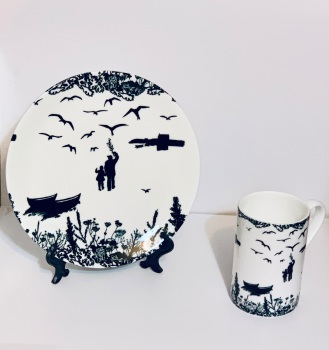 Bone China Mug and Plate - Tirricks Diving At Da Hoab