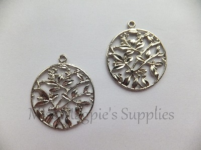 SILVER PLATED - ROUND FLORAL DISK - PACK OF 1