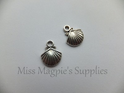 SILVER TONE - CLAM SHELL - PACK OF 10