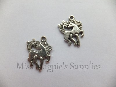 SILVER TONE - DANCING HORSE - PACK OF 5
