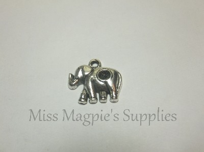 SILVER TONE - ELEPHANT WITH HOLE - PACK OF 5