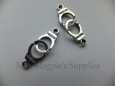 SILVER TONE - HANDCUFFS - PACK OF 5