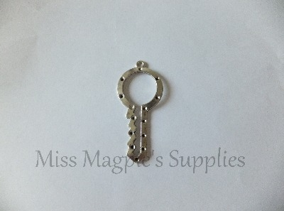 SILVER TONE - KEY WITH HOLES FOR RHINESTONES - PACK OF 1