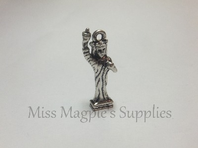 SILVER TONE - LADY LIBERTY - PACK OF 1
