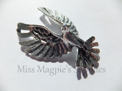 SILVER TONE - LARGE EAGLE - PACK OF 1